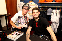 03-02-18 Tyler Johnson Meet & Greet at Original Penguin Aventura Mall